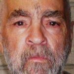 Assassino em série Charles Manson morre aos 83 anos