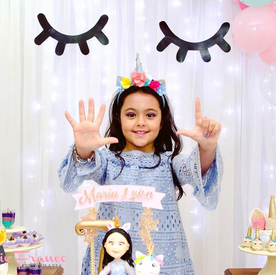 Linda Maria Luiza Praxedes é a aniversariante festejada da semana. Vivas!