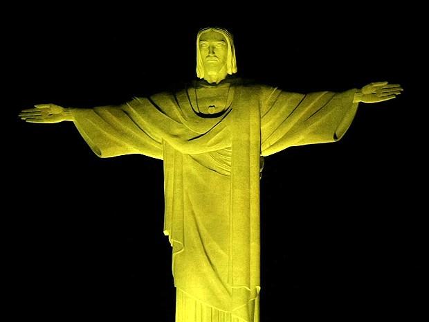 cristo redentor amarelo