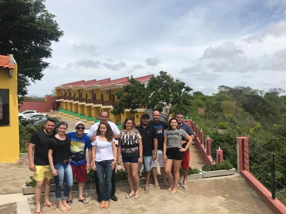 O empresário Jailson Paiva da Líder Viagens e turismo comandou turma das boas no final de semana em Portalegre/RN. Adoramos.