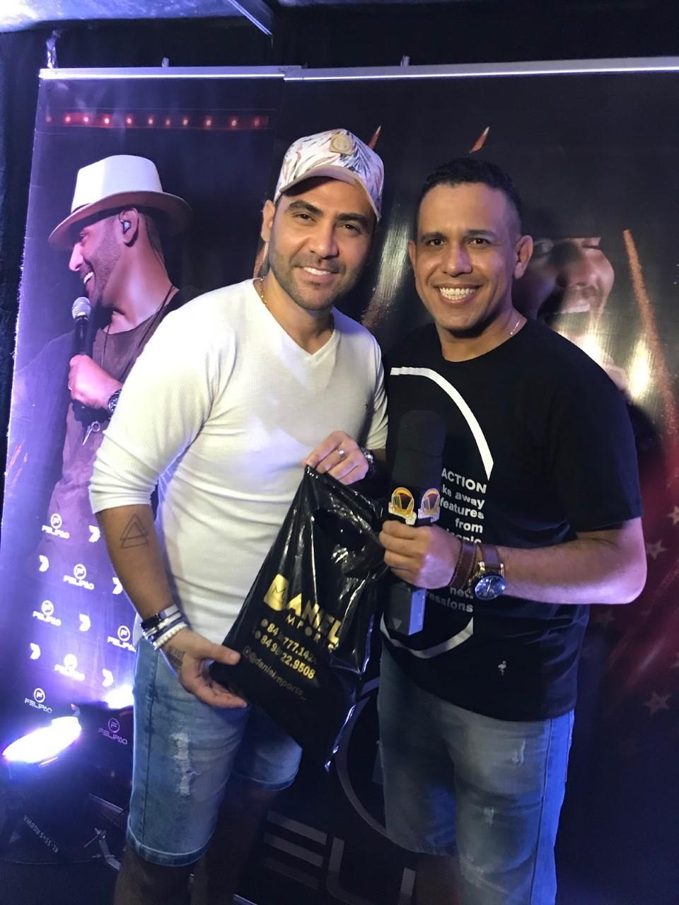 O apresentador e radialista Raílson Carlos marcou presença no show do Felipão em Canoa Quebrada e fez a cobertura do evento para o programa Forrozão na TV.