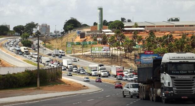 """Na BR 101 acontecerá à competição ciclística """"Circuito das Dunas"""". Foto: Jocaff Souza"""