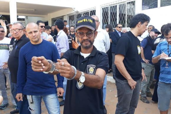 Policiais civis fizeram protestos em Natal contra atraso de salários e paralisaram atividadesSinpol/Divulgação