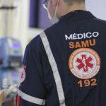 Criança atingida por bala perdida é atendida no Hospital Tarcísio Maia