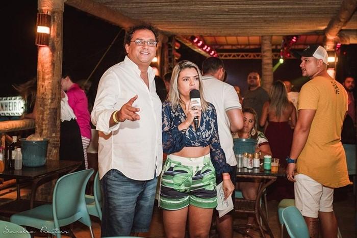 O apresentador Geraldo Luiz marcando presença no Fest Verão Canoa (Foto - Sandro Freitas).