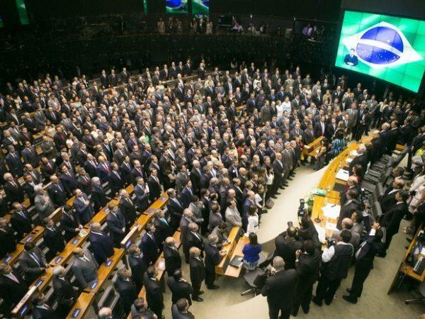 Assembleia da Câmara acatou 168 propostas em 2017.