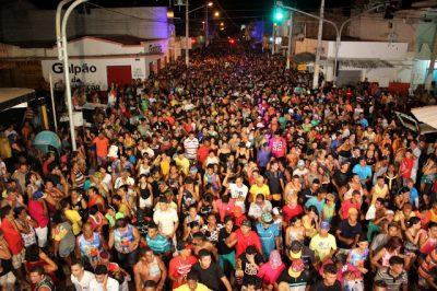 A festa contará com circuitos de trio elétrico na praia (tarde) e no Centro da Cidade (noite), bem como shows no Largo do Carnaval (palco). Foto: Jailton Rodrigues