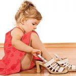 Entenda como escolher os sapatos adequados para crianças