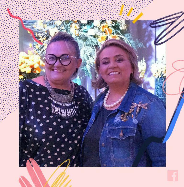 Alinhadas Neuma e Fábia Soares, Fábia que realiza de 22 a 24 de Março a Exposição Toca do Coelho com mimos para a páscoa. Achei chique!