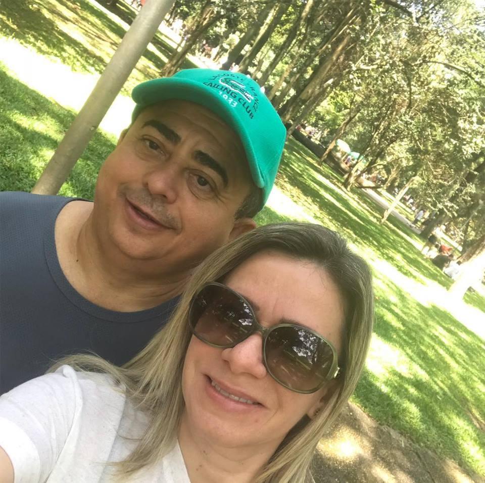 Todos  os vivas hoje para o Secretário de Planejamento Eugenio Alves, na foto com sua musa Senise Barreto Soares Alves. Parabéns!