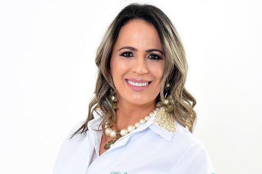 LEILA SABINO CAPA