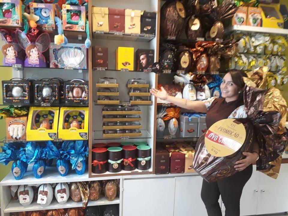 A consultora show, Mikarla Queiroga com Ovo gigante que pode ser seu!