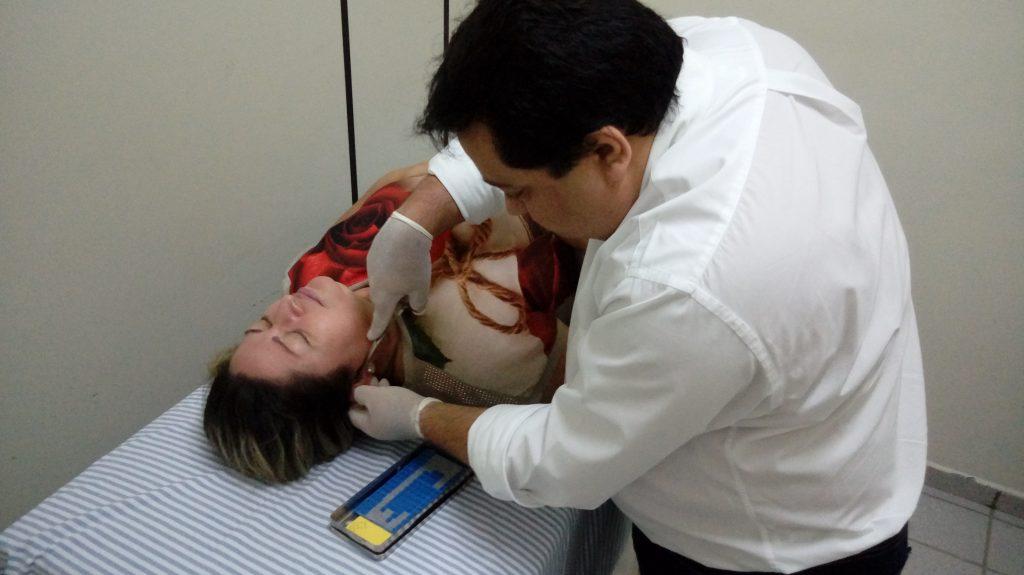 Secretaria de Saúde oferece tratamento de acupuntura gratuitamente em Mossoró