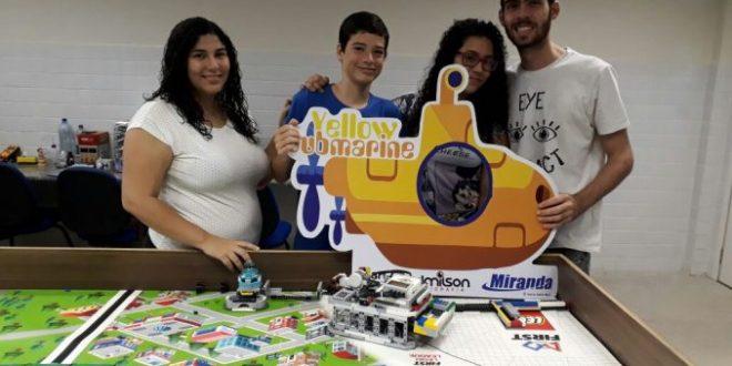 Alunos da Rede Municipal participam de Feira Nacional de Robótica em Curitiba
