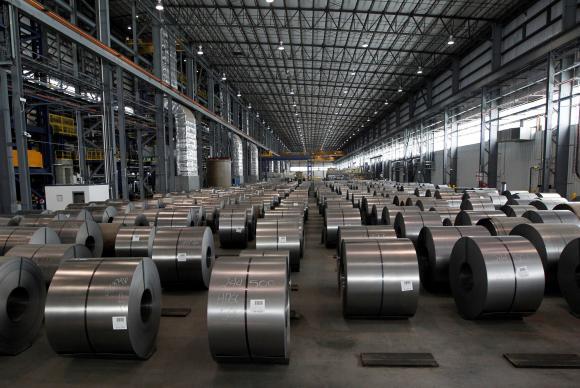 Donald Trump aumentou as tarifas de importação do aço para 25% e em 10% para o alumínio.
