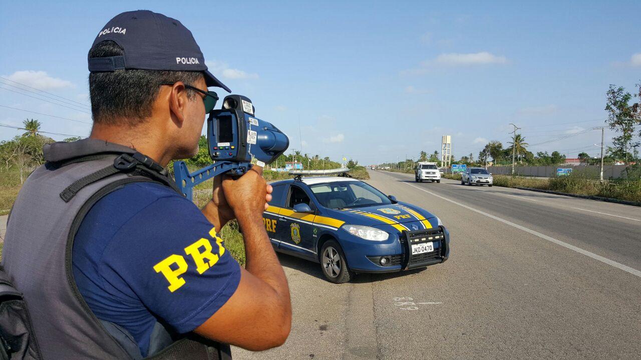 A Polícia Rodoviária Federal contará com um acréscimo de 30% em seu efetivo, com a composição de equipes extras, além de radares e bafômetros.