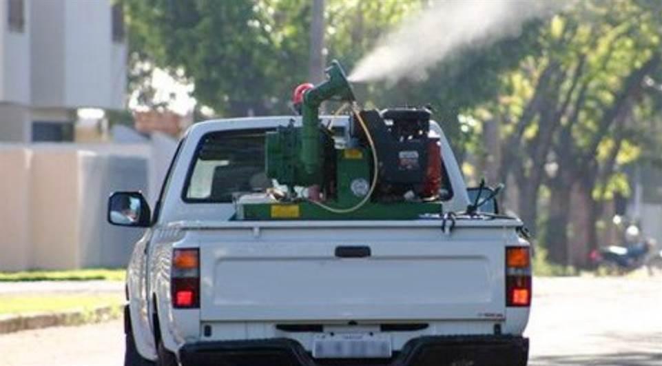 A demanda dos fumacês se deu principalmente pelas notificações de possíveis focos do mosquito Aedes aegypti em alguns bairros.