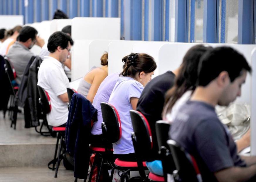 Estudantes têm até esta sexta-feira para renovar contratos do Fies