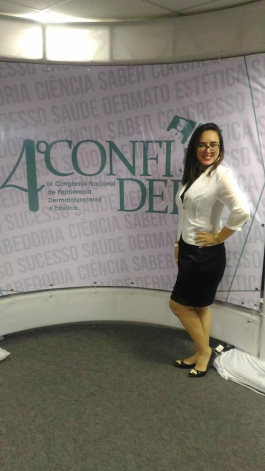 Olha ela, a Dermato Funcional Adya Williana que participou de Congresso em Fortaleza e voltou cheia de novidades para sua clientela Vip. Acho chique!