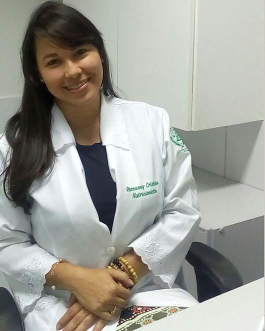Roseanny Cristina recomenda óleo de prímula, que tem benefícios contra o câncer de mama.