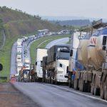 Ministros e Petrobras discutem nesta terça sobre a alta no preço dos combustíveis