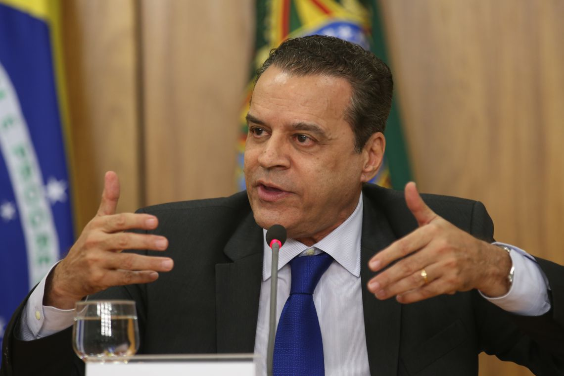 Desembargador manda soltar ex-deputado Henrique Eduardo Alves