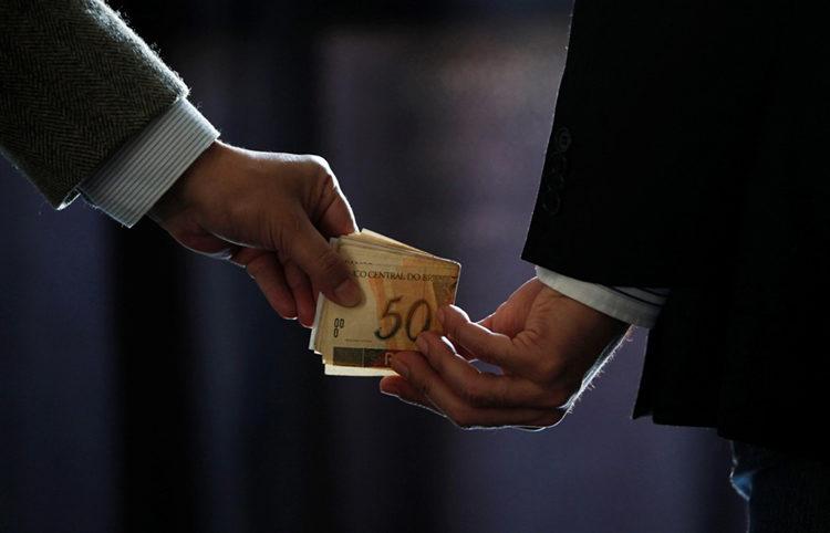 Partidos políticos podem ser obrigados à adoção de mecanismos anticorrupção