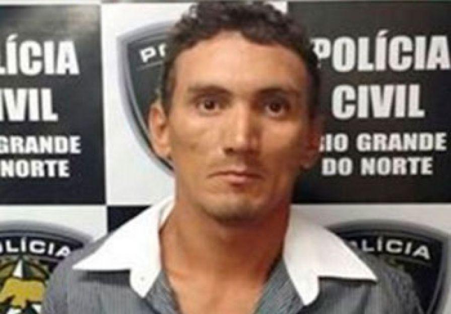 """O réu Francisco Paulino da Silva Júnior, conhecido como """"Fabinho de 200"""" pela morte de um casal em maio de 2014."""