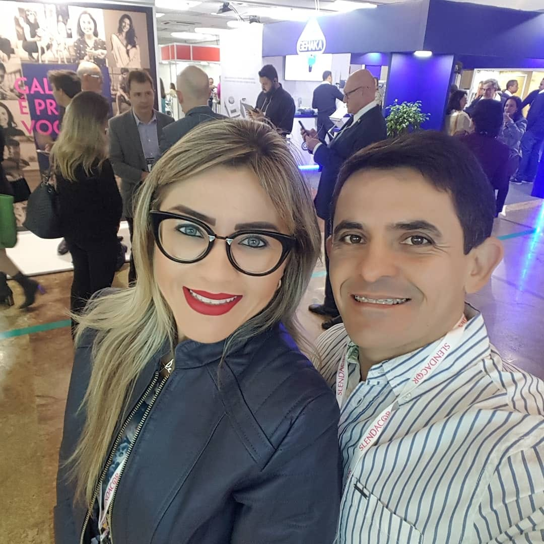 Os empresários Cleanto Bezerra e Alessandra Pascoal participando do 13º Congresso Internacional Consulfarma, em São Paulo.