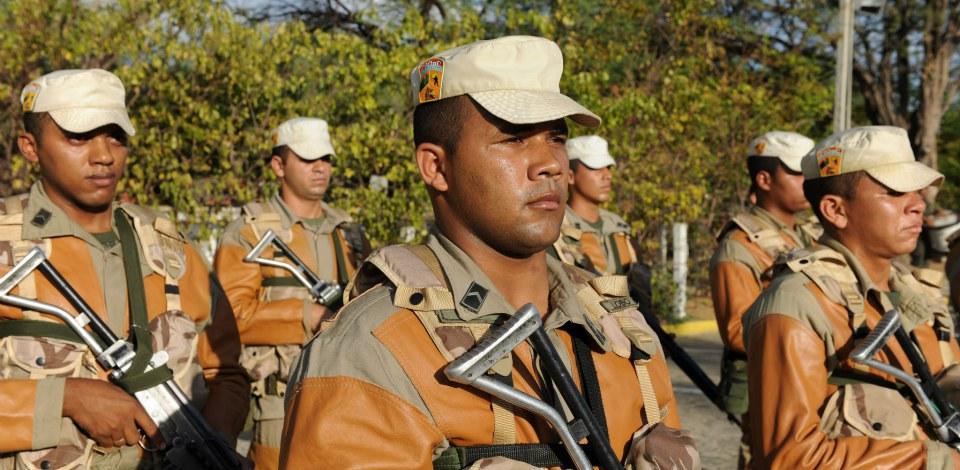 A inscrição pode ser feita na Junta de Serviço Militar (JSM) mais próxima ou pela internet.