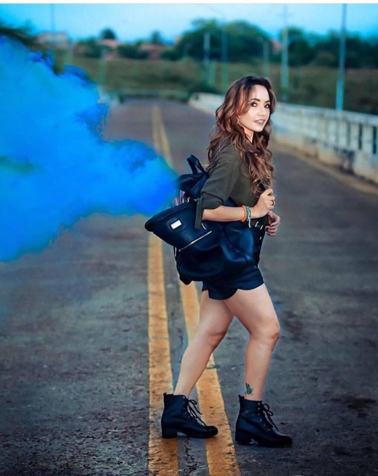 Click Show do fotógrafo Cleanto Rêgo da linda Andrea Santos, toda estilosinha ela, adorei a criatividade.
