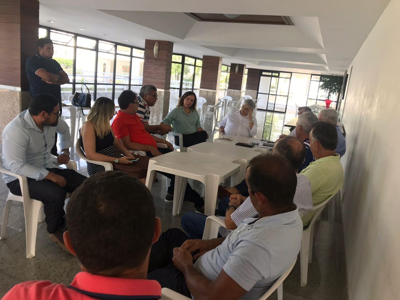 O objetivo do encontro é sensibilizar o Governo Federal juntamente com a Secretaria de Pesca para a desburocratização na entrega das licenças para a pesca do atum.