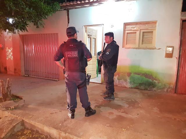 Um fugitivo da Cadeia de Caraúbas morre e outro fica ferido em Mossoró