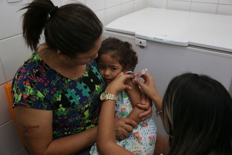 Crianças são o grupo prioritário com menor cobertura vacinal.