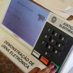 Notícias falsas podem colocar eleições em risco, diz presidente do TSE