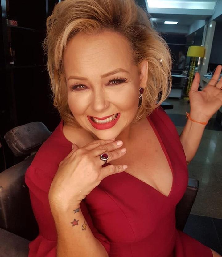A colunista Marilene Paiva estreará seu mais novo programa Presença na TV Terra do Sal. Daqui desejo sucesso sempre querida!