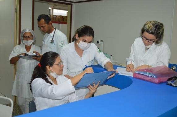 Ao todo, foram ofertadas 1.647 vagas para os cargos de níveis médio e superior, com salários entre  R$ 998,68 e R$ 4.601,17.