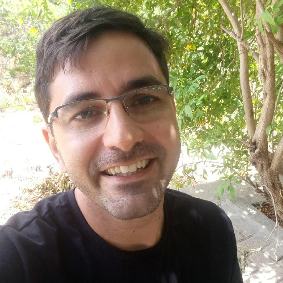 Aniversariante festejado de amanha o amigo blogueiro Leysson Carlos para quem desejamos tudo de melhor!