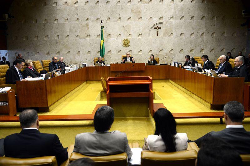 STF aprova aumento de 16,38% no salário de magistrados