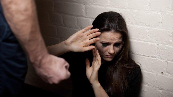 Câmara aprova mudança na Lei para agilizar proteção às mulheres vítimas de violência