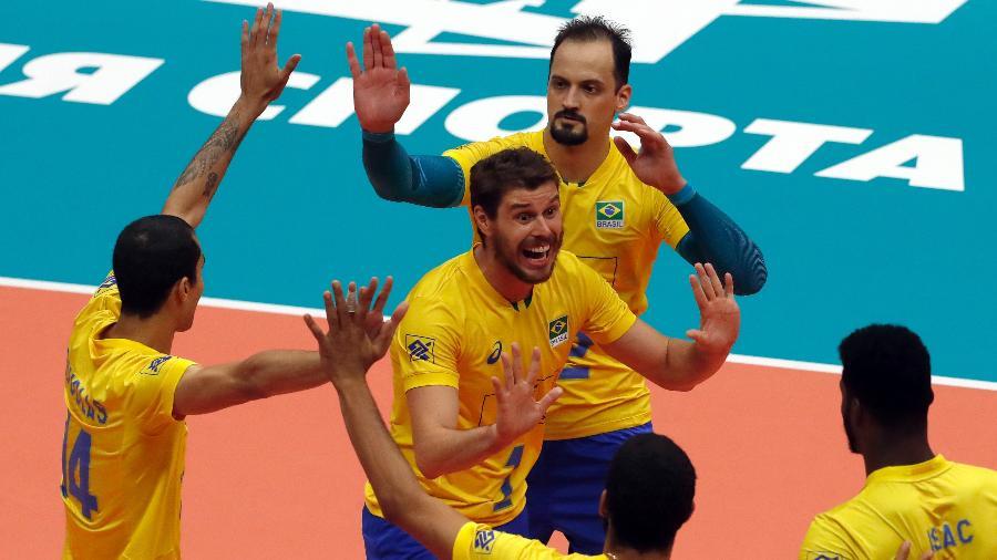 brasil-venceu-a-franca-nesta-quinta-feira-13-no-mundial-de-volei-1536866720777_v2_900x506