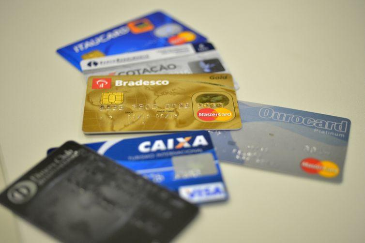 O cartão de crédito é responsável por 76,8% das dívidas -Arquivo/Agência Brasil