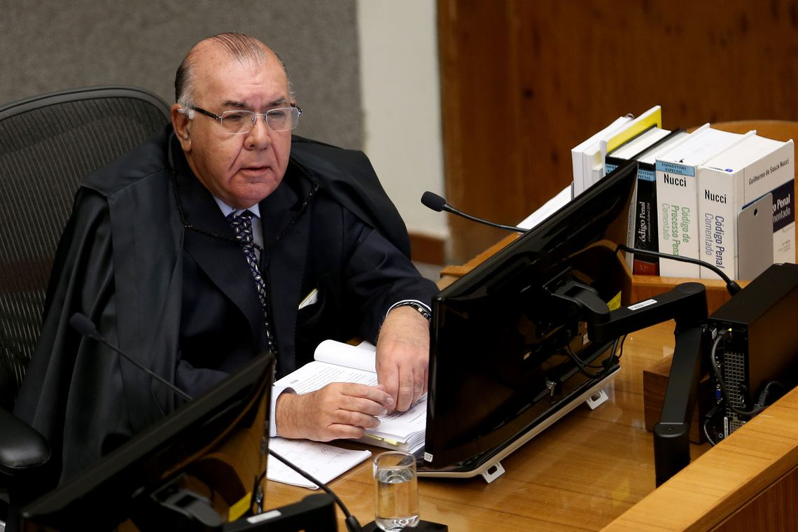 TSE define relator para processo que envolve Bolsonaro, WhatsApp e empresários