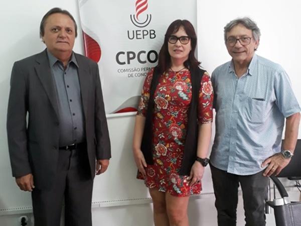 O presidente da Câmara Municipal de Pau dos Ferros, Eraldo Alves, esteve presente no gabinete da presidência da CPCON (Comissão Permanente de Concursos) da Universidade Estadual da Paraíba.