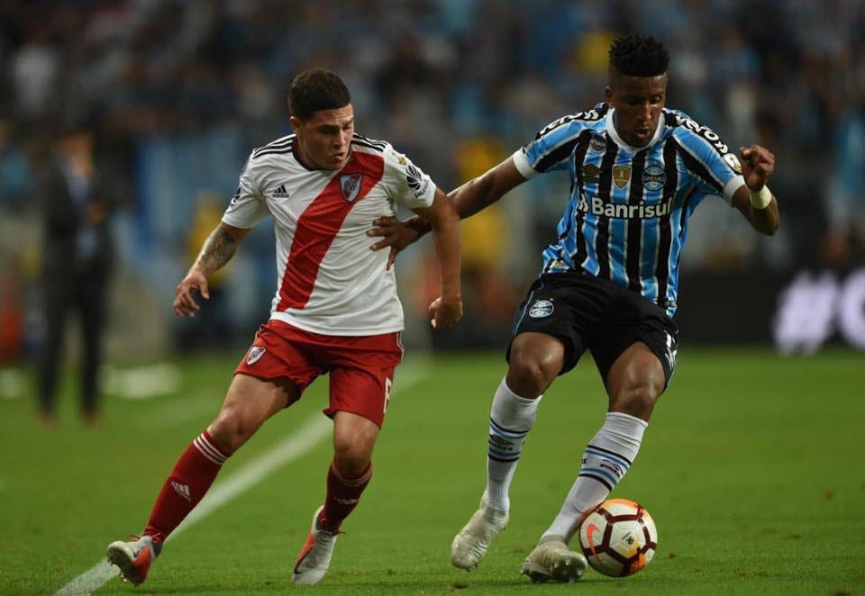Grêmio leva virada e é eliminado da Libertadores pelo River