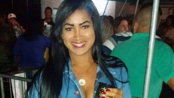 x79373491_RI-Rio-de-Janeiro-RJ-15-10-2018-Fernanda-Assis-morreu-apos-um-procedimento-estetico-Foto-Fa.jpg.pagespeed.ic.-L40Aly6ux