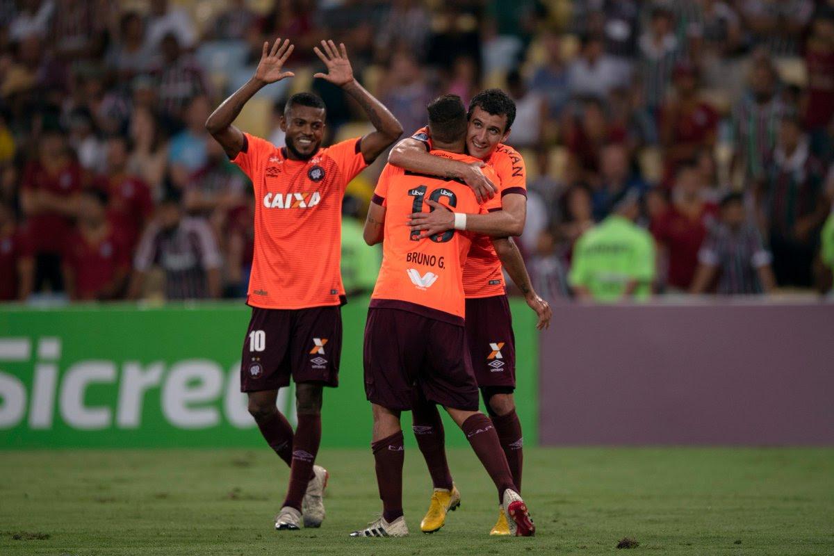 Atlético Paranaense bate Fluminense no Maracanã e está na final da Sul-Americana