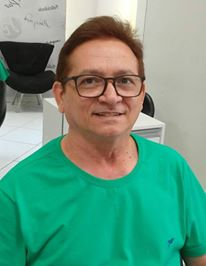 Quem celebra a vida na quinta-feira 13 é o colunista Lisboa Batista, da coluna desejos de saúde e paz. Parabéns!