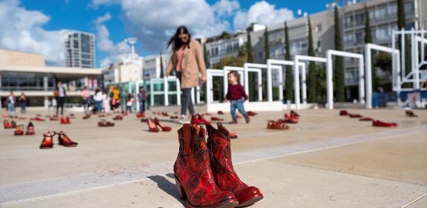 Mulheres protestam a violência de gênero em Israel.