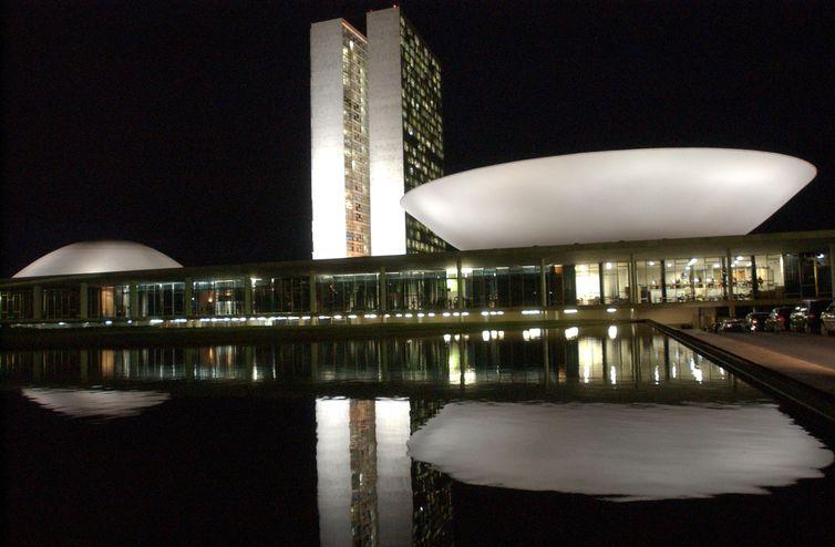 Governadores do Norte e Nordeste vão a Brasília em busca de verbas